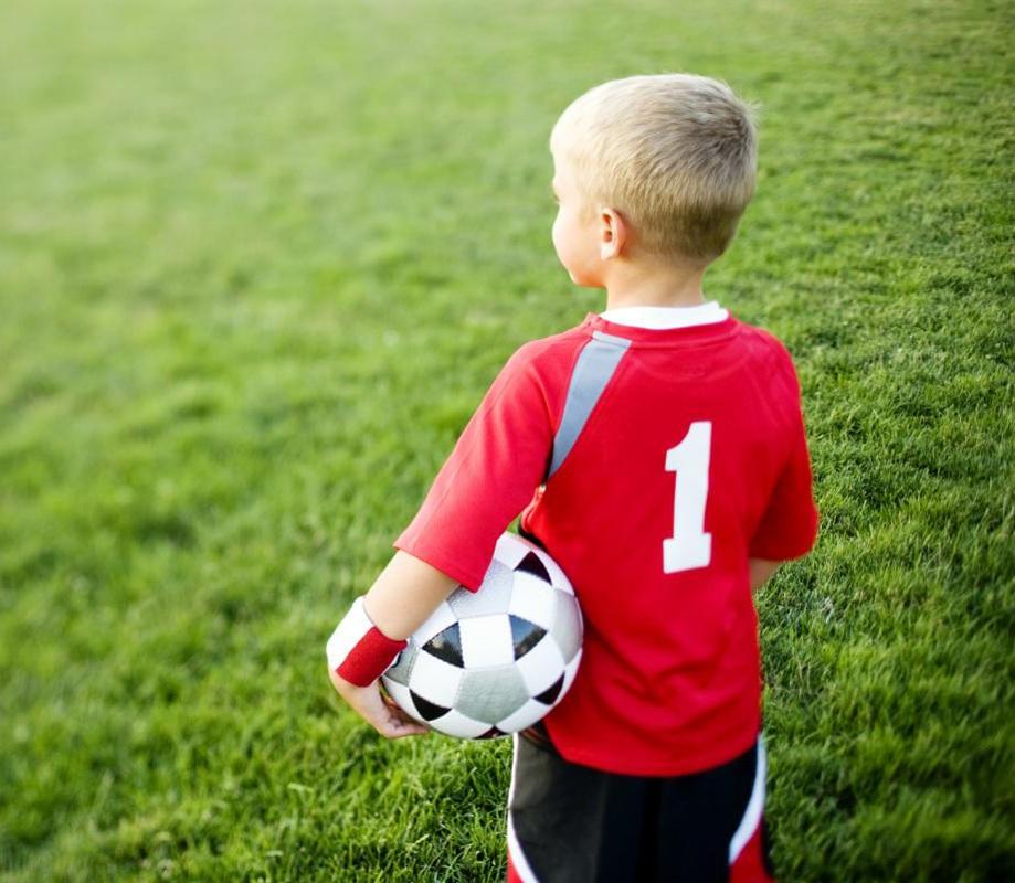 дети_футбол_Fotobank_.jpg